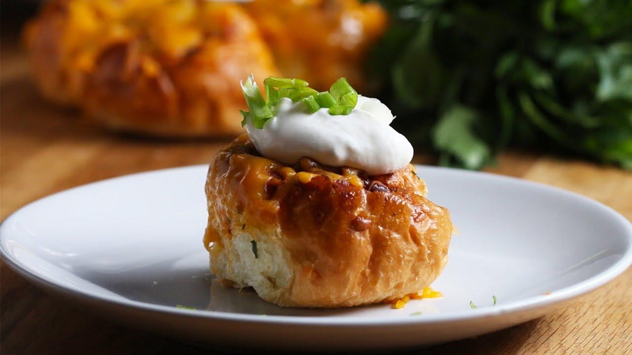 maxresdefault - Chili-Cheese Garlic Bread Rolls