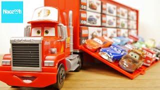 カーズ トミカ たくさんのせよう! 大きなマック / Tomica, Disney Pixar Cars,  Mack Carry Case thumbnail
