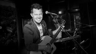 Taniel Vares Friday night LIVE 2015