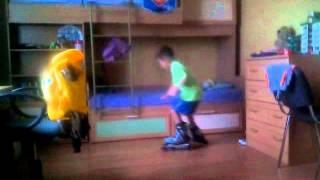 Уроки катания на роликах от сенсея