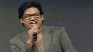 Vijay Prakash Singing - Aaradugulula Bulletu - Song In Attarintiki Daredi Audio Function - HD (2013)