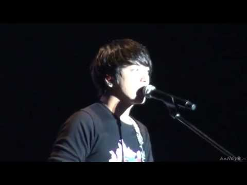130511 CNBLUE BMHK~Free Talk&LaLaLa~YongHwa Focus