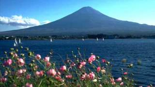 オリジナル曲です。 私の生まれ育った 北海道滝川市の景色や友達、親兄...