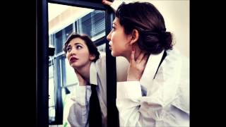 Watch Regina Spektor Summer In The City video