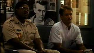 Good Morning Vietnam - Trailer.