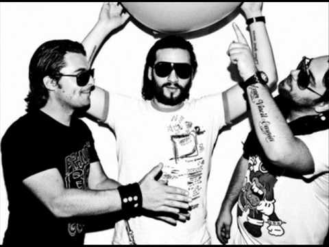 Axwell & Sebastian Ingrosso feat. Max'C - In My Life [New ...