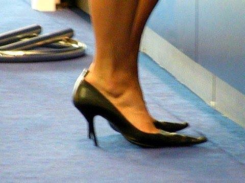 Candid barefoot shoeplay