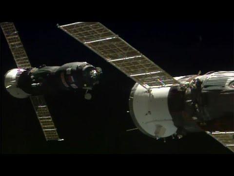 ISS Progress 66 / Progress MS-05 docking