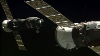 ISS Progress 66 / Progress MS-05 docking