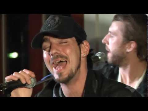 Three Days Grace - Pain (Live at the Fox Uninvited Guest)