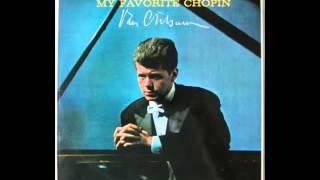 Chopin Nocturne No.17 (Van Cliburn, piano)