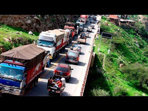 Carretera Central: tránsito detenido por la caída de huaico