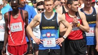 Rywalizacja na trasie XXI P�maratonu Kurpiowskiego