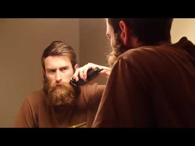Guy Shaves Off Huge Beard for Mother for Christmas. Watch His Moms Reaction!