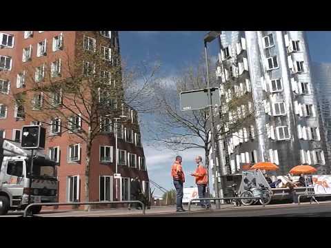 Metro Group Marathon Düsseldorf nähe Medienhafen