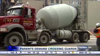 Parents demand crossing guards for school near construction zone