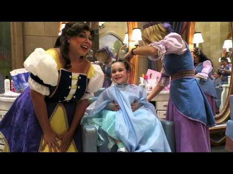 BIBBIDI BOBBIDI BOUTIQUE CASTLE EXPERIENCE at Magic Kingdom! (April 3, 2016) | beingmommywithstyle