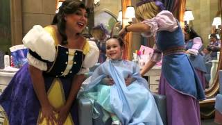 bibbidi bobbidi boutique castle experience at magic kingdom april 3 2016 beingmommywithstyle