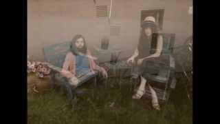 Смотреть клип Flora Cash - When You Came