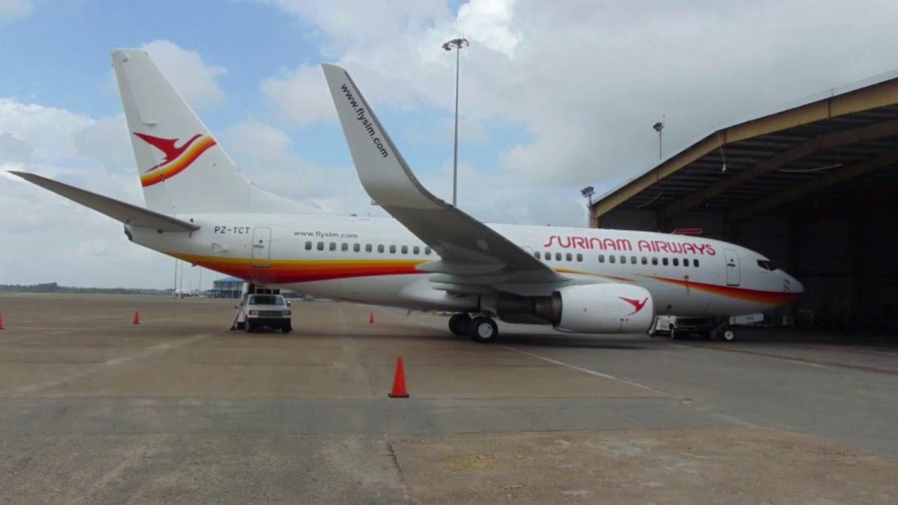 Resultado de imagen para Surinam Airways Boeing 737-700