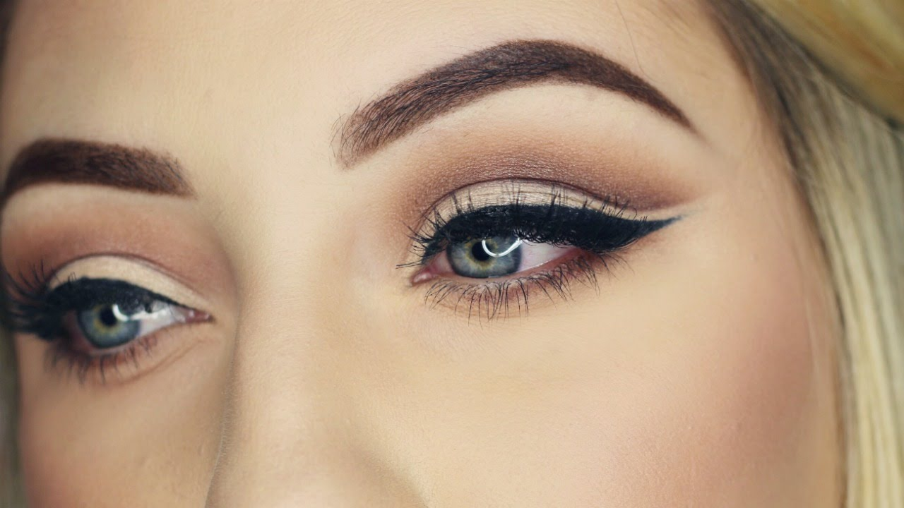 How to: CUT CREASE EYE SHADOW | Makeup Tutorial ... - photo #31
