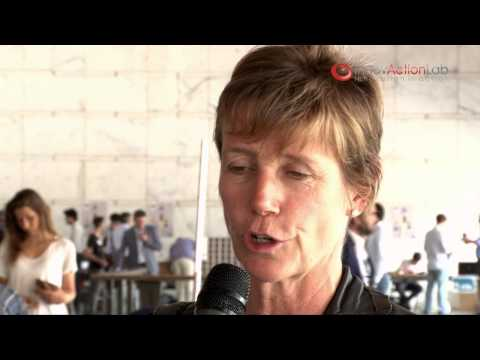 Intervista a Elizabeth Robinson (Italian Angels for Growth) - Finale InnovAction Lab 2013 -IT