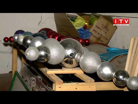 ITV media group: Як і де зберігаються новорічні іграшки та ілюмінації для головної ялинки Рівного?