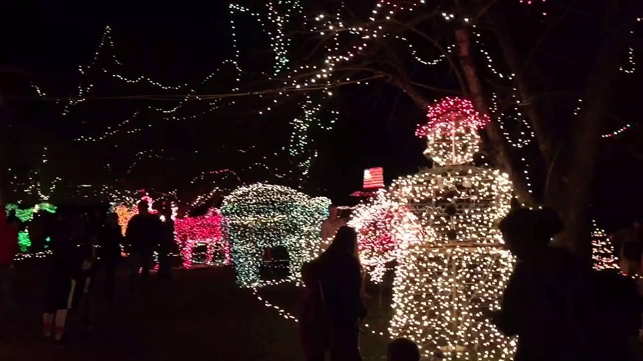 Mr Gilley Mechanical Christmas Lights Ballplay Alabama