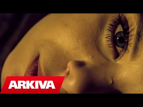 Irkenc Hyka ft. Petro - Paranormal Love (Official Video HD)
