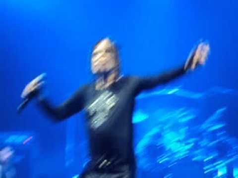 How Ozzy Osbourne destroyed my camera!!! Milano 22-09-10 @ Palasharp