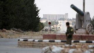 فيديو.. مقتل 25 مدنيا على الأقل في غارات على مدينة الرقة