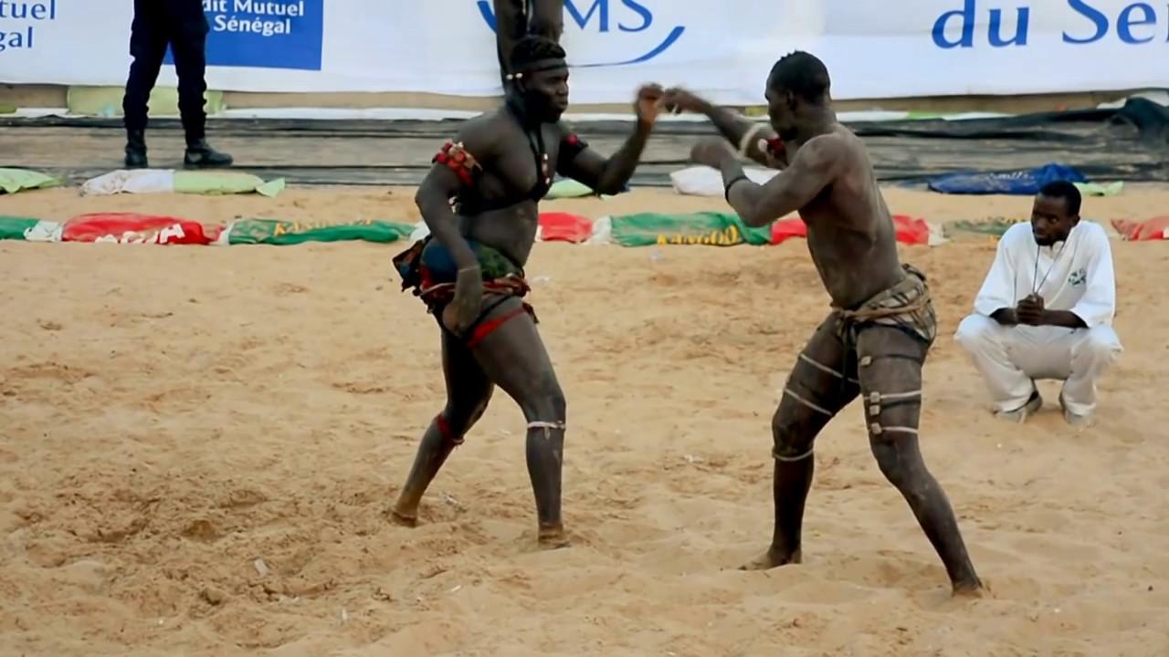 La Lutte - Senegalese Wrestling in Dakar - YouTube