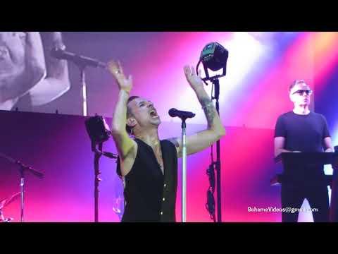 Depeche Mode - PERSONAL JESUS - Mohegan Sun Arena, Connecticut - 9/1/17