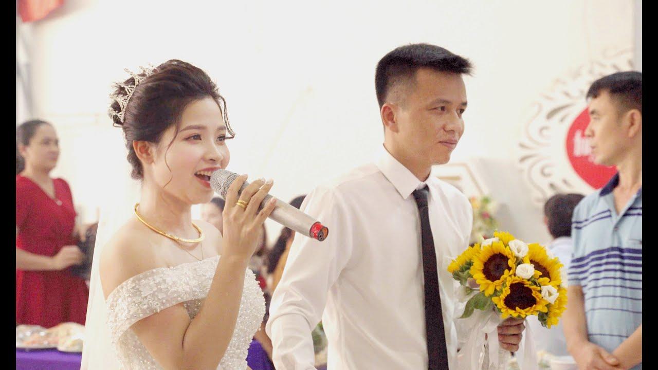 Khi lấy vợ là ca sỹ - Đám cưới cô dâu 30 tuổi xinh tươi nhí nhảnh