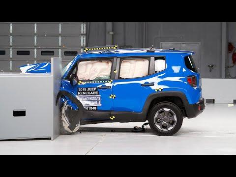 2015 Jeep Renegade small overlap IIHS crash test