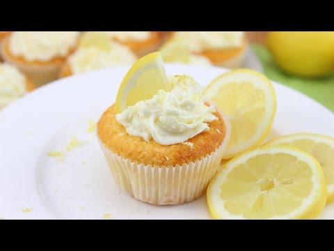 Zitronen-Kokos Cupcakes- frisch, fruchtig und lecker!