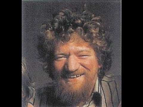 Luke Kelly-Schooldays Over-Lyrics