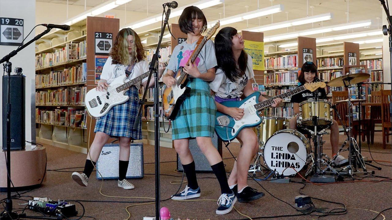 Los Angeles Teen Band The Linda Lindas Draws Applause on Social Media - Variety