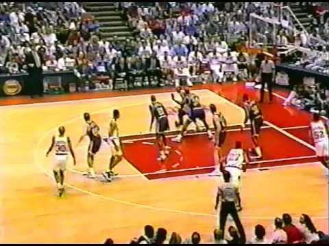 Clyde Drexler - 41pts, Gm 4 vs. Jazz (1995 Playoffs)