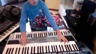 Download Video الطفل الصغير الذي أبهر هشام سماتي و تيبو لا تفوتوه فيديو راائع MP3 3GP MP4
