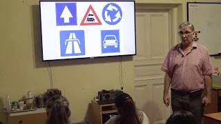Megfordulás és tolatás tanítása a Mosolyzóna Autósiskolában