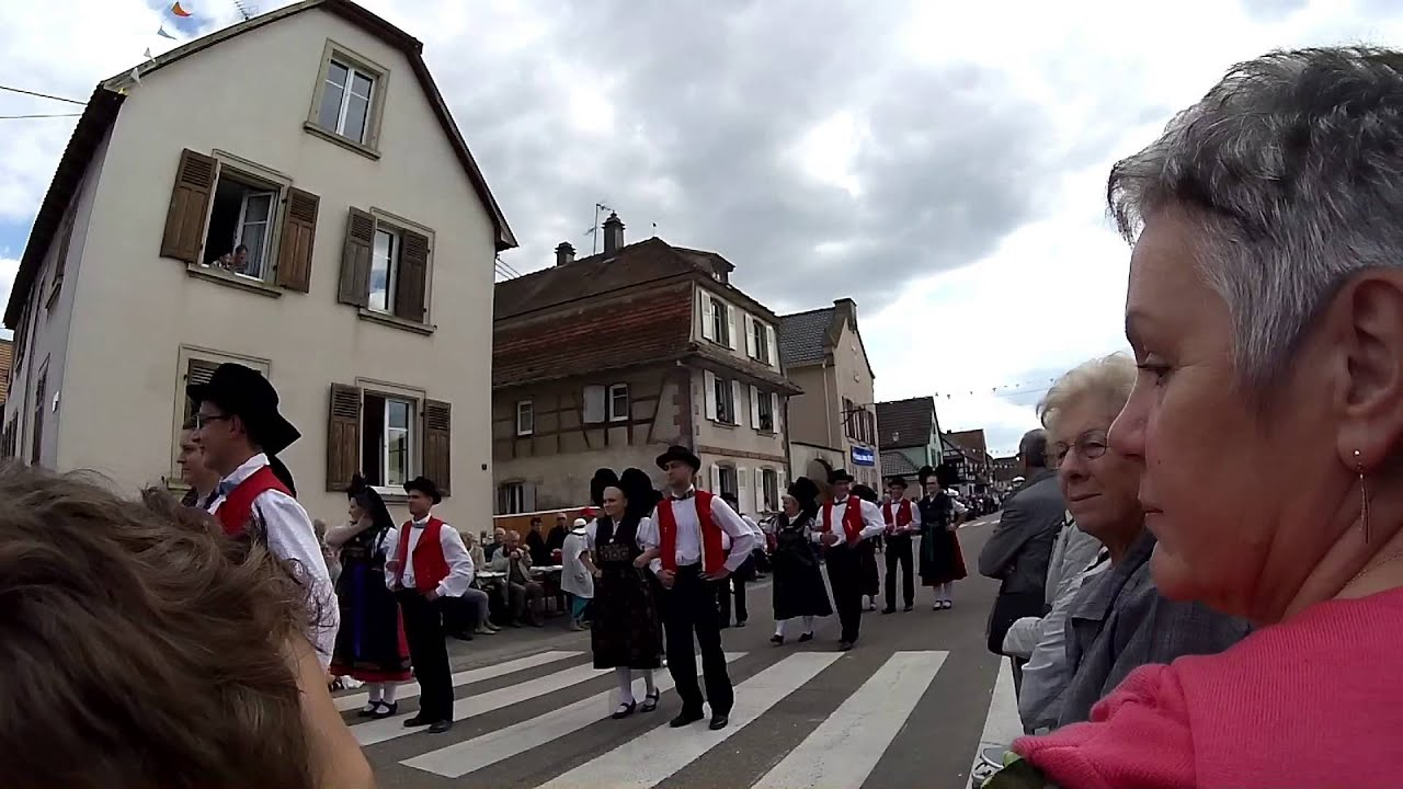 F te du chou et de la choucroute krautergersheim youtube - Choucroute de krautergersheim ...