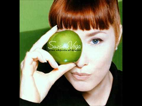 Suzanne Vega - Tom's Diner (Lyrics)