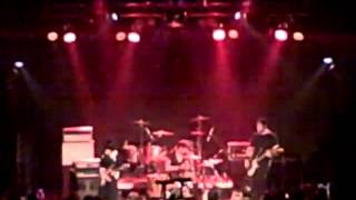 Screaming Females - Leave It All Up To Me (Live)