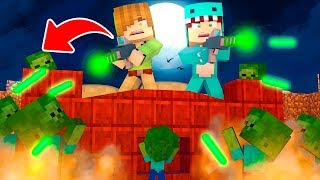 BEBE BASE MILO VS 10000 ZOMBIES ROBOTS *corner us* 😱 MINECRAFT ROLEPLAY + ROBLOX