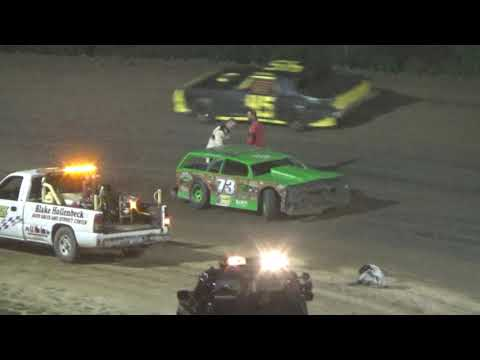 Street Stock Feature Race at Crystal Motor Speedway, Michigan on 08-19-2017.