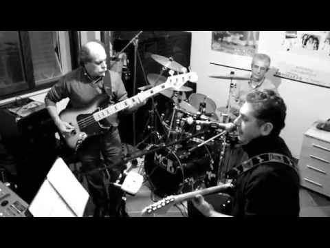 Pino Daniele - Je So Pazzo ( Cover By Amadora Group)