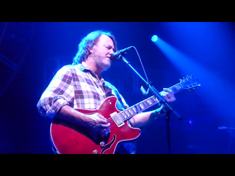 Widespread Panic - Hope in a Hopeless World [Pops Staples cover] (Houston 10.27.13) HD