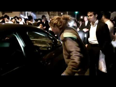 Em Israel, soldada briga com vários homens