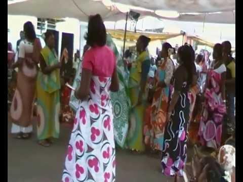 Mbwi à l'occasion d'un mariage à M'tsangamouji (Mayotte)
